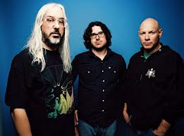Dinosaur Jr (Photo credit: Brantley Gutierrez)